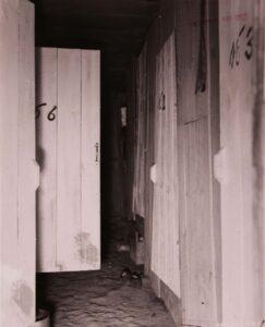 철거를 앞둔 부산미군사령부 지역 '위안소'의 모습(3)|1952.5.17. NARA 소장, 전갑생 제공
