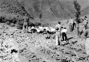 「한국에서의 정치범 처형」에 첨부된 18장의 대전 학살 사진 (3)| NARA 소장, 이도영 발굴, 임재근 제공